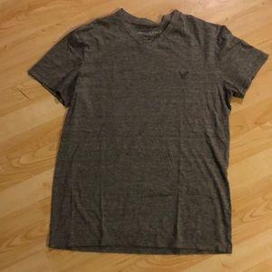 Men's American eagle vneck shirt